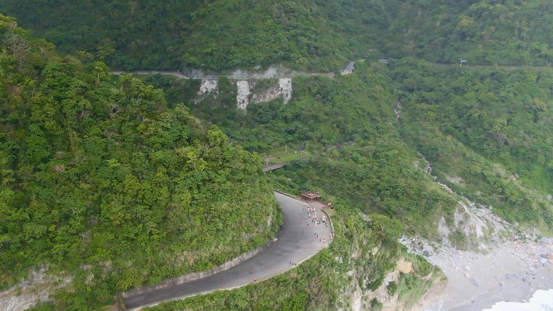 花蓮港:盤繞在山海間的蘇花公路