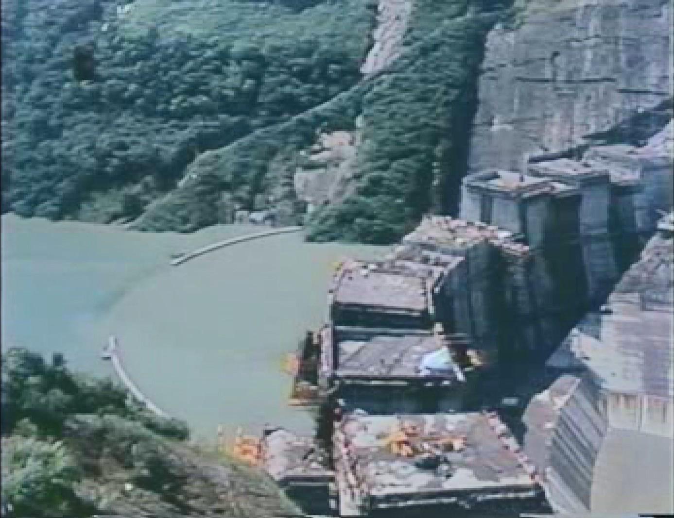 翡翠電廠及翡翠水庫施工