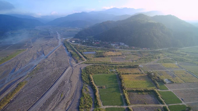 蘭陽溪流域的圓山電廠遠眺