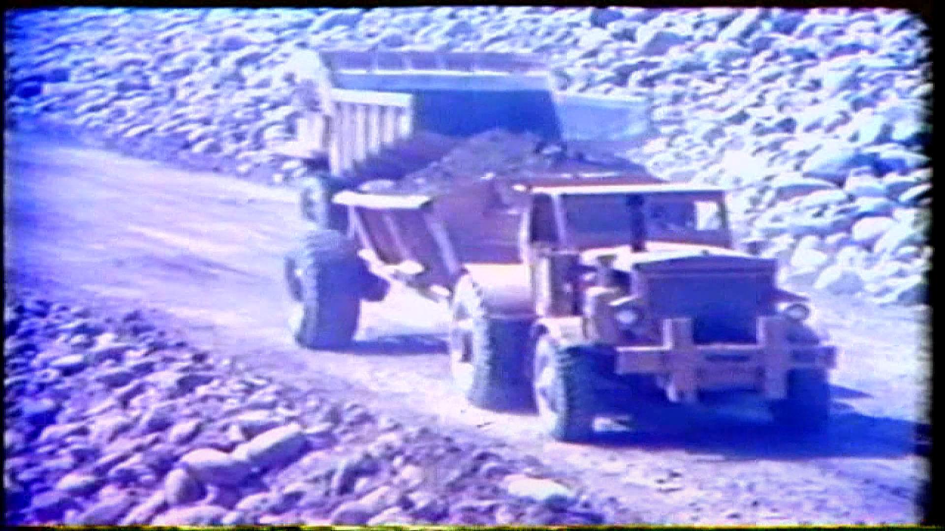 榮工處承建曾文水庫之大壩填築載運壩檯處理場的砂石