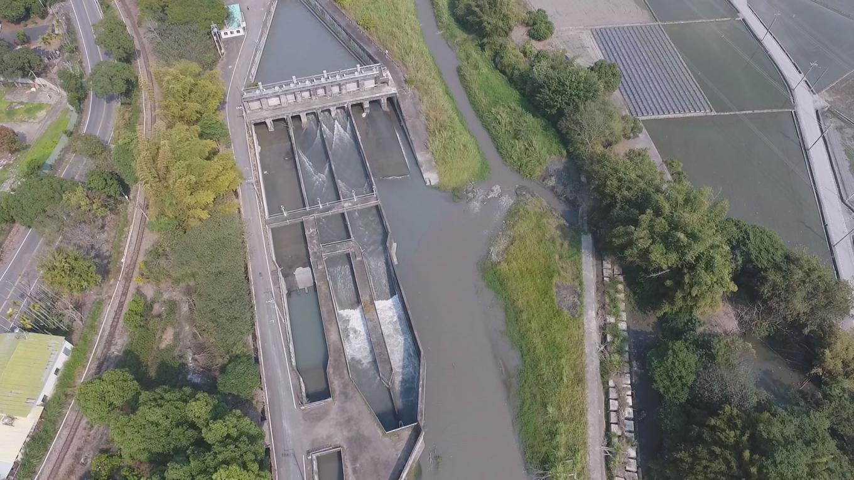 2002年集集攔河堰完工通水後,分南北岸聯絡渠供水,莿仔埤圳取水即改由北岸聯絡渠道直接取水。