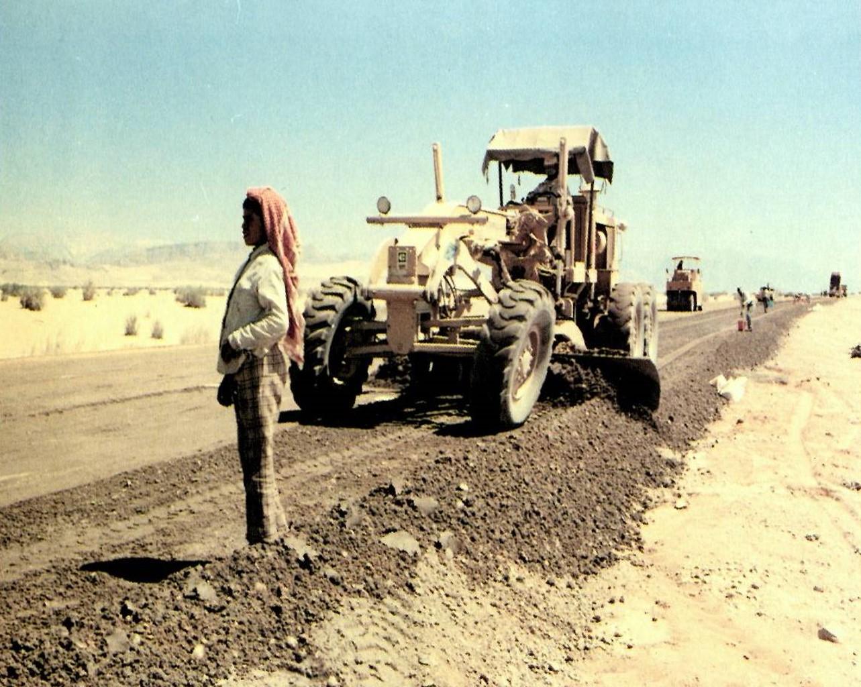 榮工處承接的沙烏地麥哈公路工