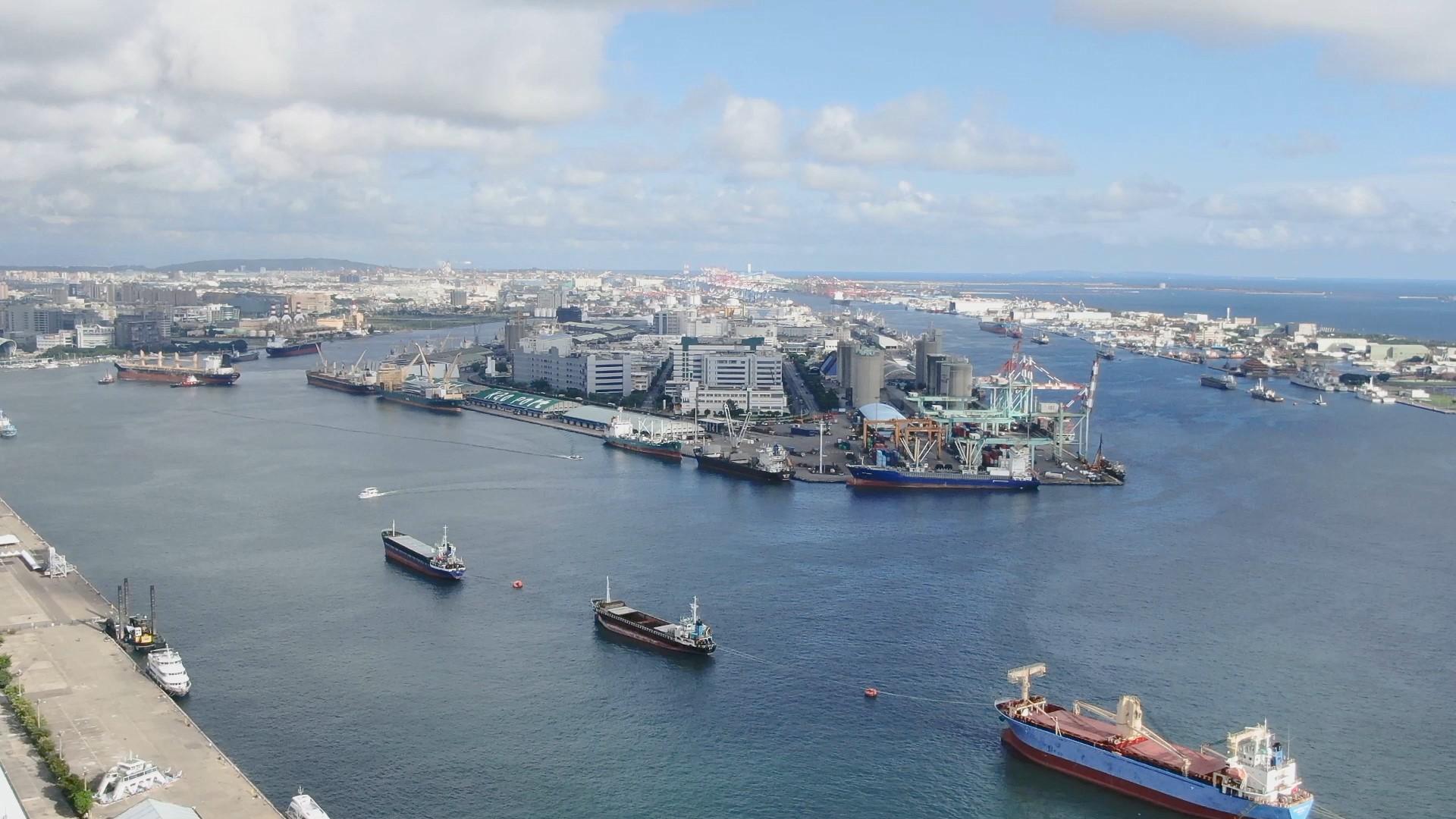 高雄港中島新商港上之中島加工出口區