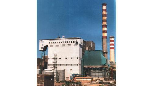 林口電廠舊林二機:於1986 年 11 月 29 日完成改燃煤發電運轉,發電量雖然由35萬瓩降為30萬瓩,但每年仍然節省九億元新台幣。