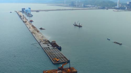 林口電廠擴建工程卸煤碼頭及北防波堤施工
