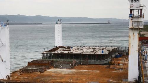林口電廠擴建工程在台北港製作沈箱施工中
