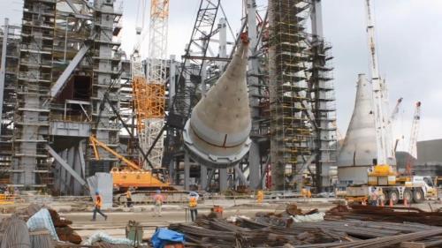 林口電廠擴建工程新林二機日用煤倉吊裝