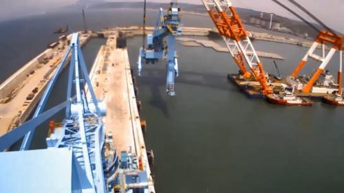 林口電廠連續式卸煤機的吊裝作業