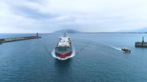花蓮港:花蓮外港船隻進港