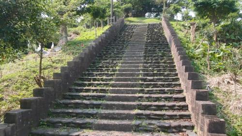 蘇澳港日本金刀比羅神社遺跡: 1927年在蘇澳礮台山,設立金刀比羅神社。