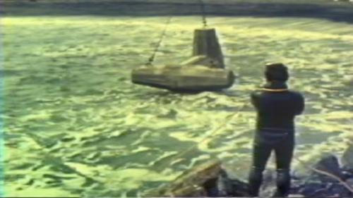 蘇澳港碎波堤及防波堤施工-拋放消波塊