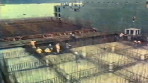 蘇澳港外擴防坡堤工程-以浮動式船塢法製造防坡堤合成所需之沉箱