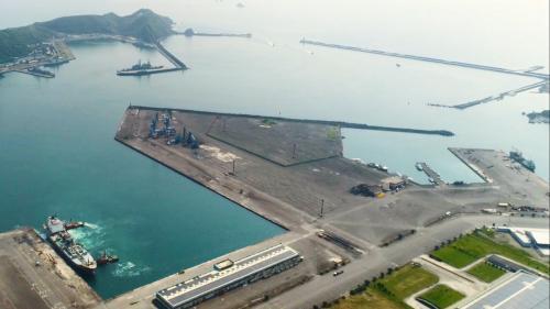 蘇澳港自由貿易港區:於2010年9月13日經交通部許可營運後,正式成為台灣第6個自由貿易港區,其營運範圍為管制區內第一至第13號碼頭,及其後線倉棧設施,總計面積71.5公頃。