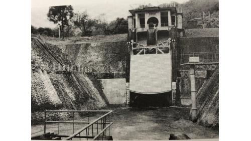 烏山嶺隧道東口:把曾文溪上游的溪水,取入烏山嶺隧道,導入西口供烏山頭水庫運用。