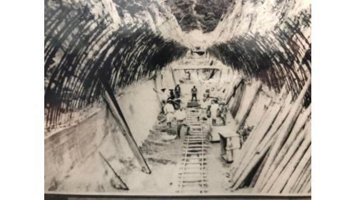鳥山頭水庫:烏山嶺隧道出口(西口)暗渠工事