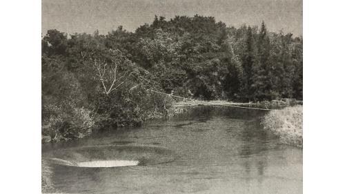 烏山頭水庫西口取水口:1939年乃再規劃1號土堰堤及落差20餘米之豎坑,於1947年施工完成。