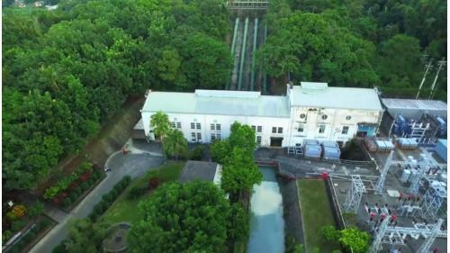 獅子頭圳:竹子門發電廠 顯示竹子門之壓力鋼管、廠房、尾水及變壓站