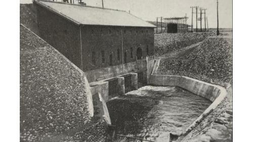 嘉南大圳:水水力發電所出水口