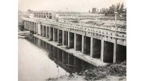 嘉南大圳:麻豆排水路起點落水工
