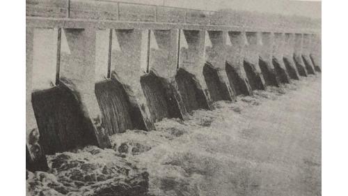 嘉南大圳:給水路濁幹線附屬第2號餘水吐