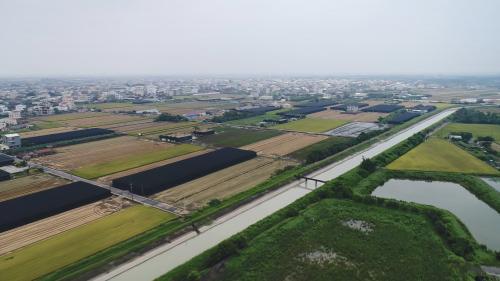 嘉南大圳及沃野良田:嘉南大圳整體工程在1930年4月完工,開始供水。