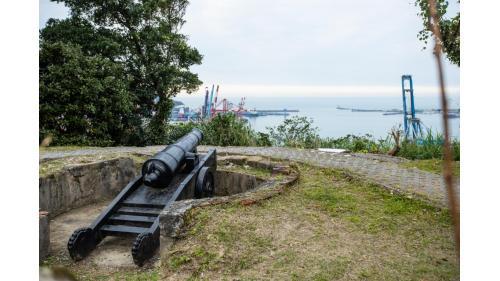 基隆港:基隆二沙灣砲台  1885年台灣巡撫劉銘傳所修築