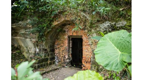 基隆港:基隆頂石閣砲台