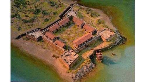 基隆港:西班牙人和平島聖薩爾瓦多城(San Salvador)模型,位台灣北部基隆社寮地區之和平島上,於1626年佔領北台灣雞籠(原巴賽族人領地)後開始建造此城, 十多年後才完 工。