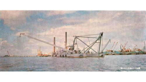 台中港建港擔任水上作業的工作船團
