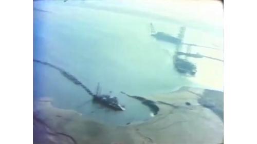 台中港第一階第一期工程浚填工程中的挖泥船作業:開挖泥量總計2200萬平方公尺