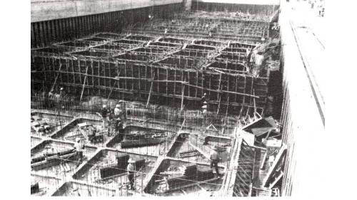 台中港:工作船渠內製作沉箱