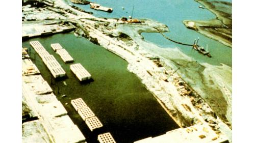 台中港建港工作船渠完成後貯放沉箱鳥瞰