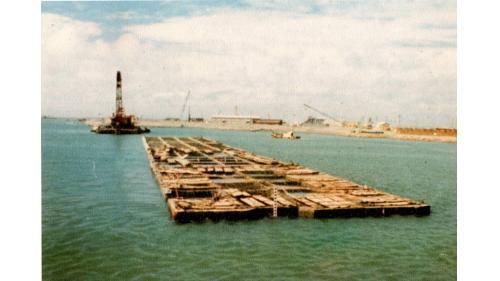 台中港#1~3沉箱式碼頭已安放之沉箱