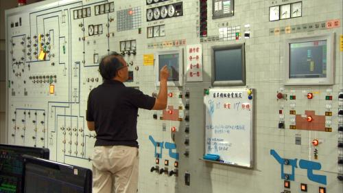 軟橋電廠由桂山發電廠控制室遠端控制:軟橋水力發電廠的復建計劃,於1991年7月開工,1993年11月完工,同時更新廠內設備以及設置遠端遙控裝置由桂山發電廠控制室遠端遙控。