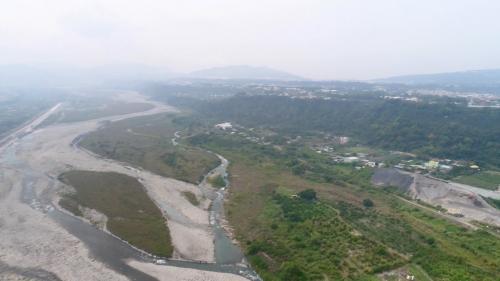 大甲溪畔的新社台地(1932年後由大甲溪白冷圳灌溉)