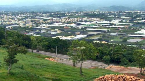台中市新社區:新社鄉是大甲溪中游,緊靠著河道的村落。(1932年後由大甲溪白冷圳灌溉)