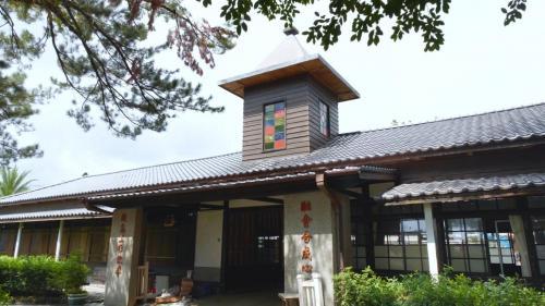 1909年鐵道部花蓮港出張所成立(即現今的鐵道文化館),是當時台灣東部鐵路的指揮中心。