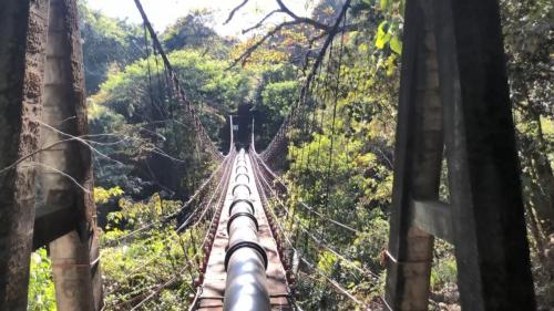 白冷圳矮山支線過水吊橋:這是一座給水走的吊橋橫跨山谷,係承載鋼管從山豬湖引水橫跨山谷通往矮山坪灌溉區,而不是供人行走的吊橋,全台罕見。