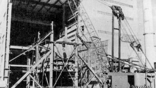 林口電廠建廠時發電機升頂