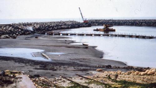 舊林口電廠進水口防波堤近拍
