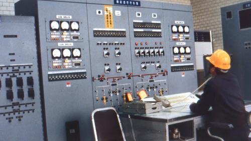林口電廠氣渦輪發電機組控制室