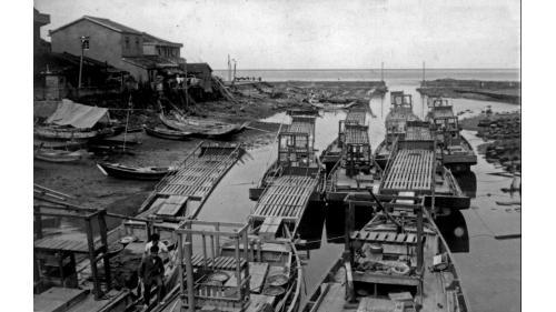 北部火力電廠東側的長潭里漁港舊照