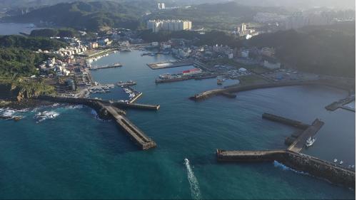 北部火力電廠冷卻水出水口八斗子漁港