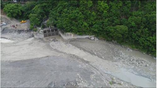 舊寮圳:老濃溪上竹子門發電所引水口攔河堰為臨時攔河堰