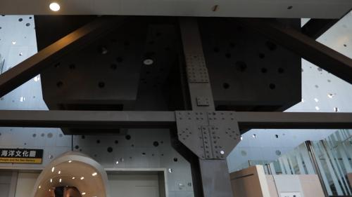 北部火力電廠漏煤斗概念設計成今日的海科館洋文化廳