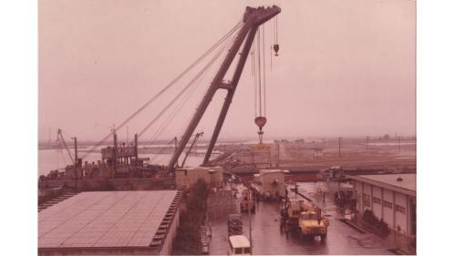 大林電廠建廠機件吊裝