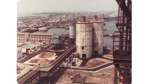 大林電廠建造中之飛灰倉
