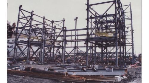 大林電廠六號機組鍋爐鋼構施工:1991年大六機(即第六號汽輪發電機組)的鍋爐本體鋼構開始興建。