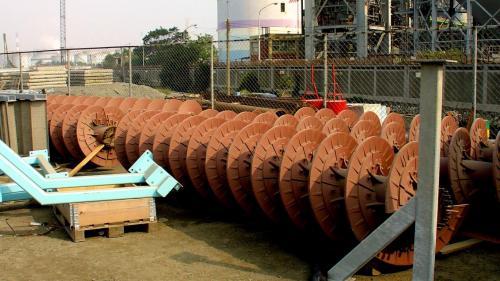 大林電廠的卸煤機內部組件