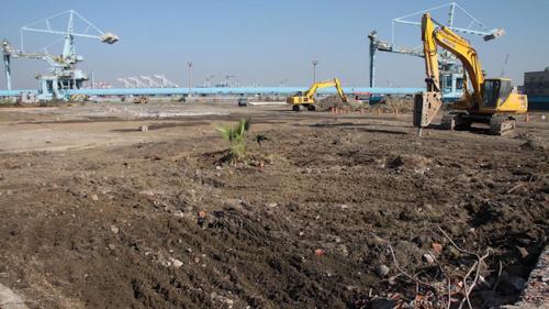 大林電廠新機組整地作業:2012年11月底,大林更新工程之新一號發電機組的基樁工程正式動工
